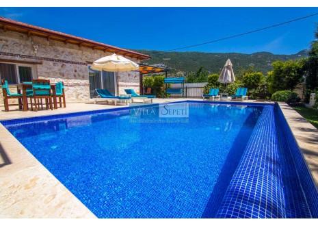 Villa Benin